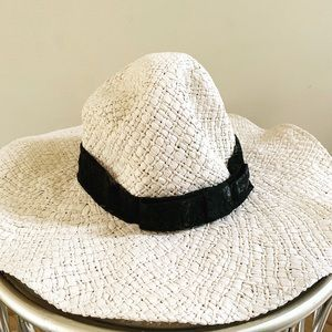 FOREVER21 Straw Hat with Band